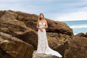 MADI-LANE-2017-COLLECTION-STORM-DRESS-LUV-BRIDAL-BANNER
