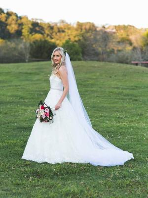 M1650 CARRIS MIA SOLANO REAL BRIDE STRAPLESS HALF LACE BALLGOWN WEDDING DRESS