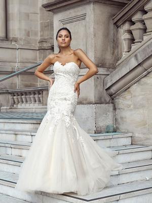 DANNI 2 strapless sweetheart wedding dress Luv Bridal Perth Australia