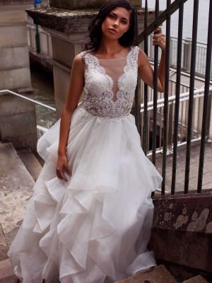 DIOR-WHITE-WEDDING-DRESS-SHEER