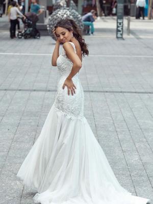 DONNA 3 low back lace mermaid wedding dress Luv Bridal Perth Australia