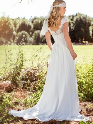LAYLA L1028z low scalloped scoop back chiffon wedding dress Luv Bridal Brisbane Australia