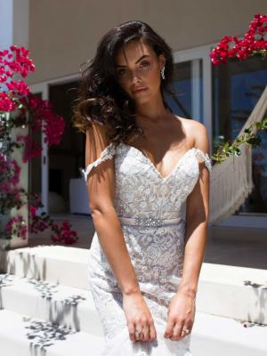 STORM-STRAPLESS-WEDDING-DRESS-AUSTRALIA