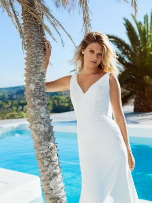 ELYSE Madi Lane fitted v-neck sheer lace jersey wedding dress Luv Bridal Byron Bay Gold Coast Australia
