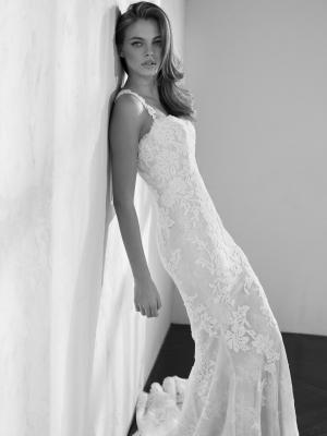 ZANS fitted lace wedding dress st patrick luv bridal Pronovias