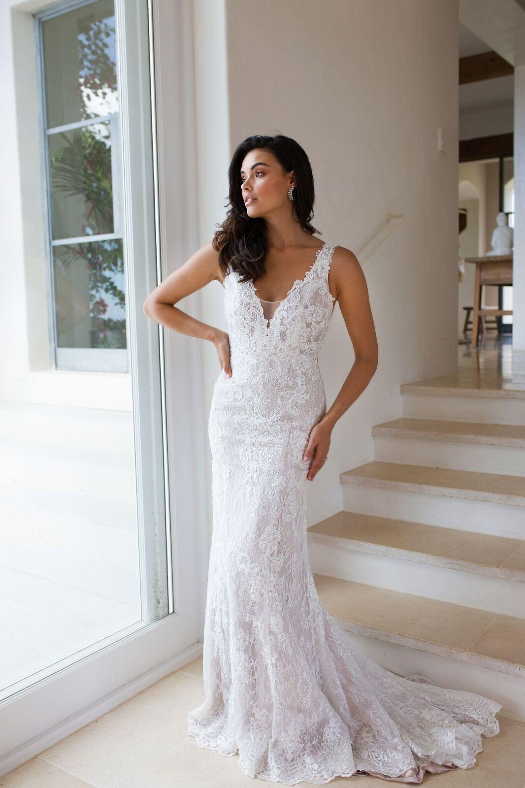 Amazing designer wedding dresses luv bridal for Cheap wedding dresses bay area