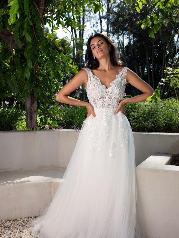 Wedding dresses luv bridal formal for Cheap wedding dresses bay area