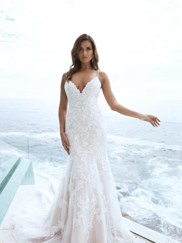 M1849Z Parker fitted patterned lace low back wedding dress mia solano luv bridal australia