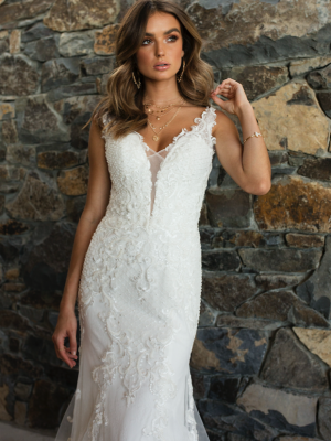 ML3718 RADA LOW BACK ILLUSION PLUNGE V NECK FITTED LACE WEDDING DRESS MADI LANE BRIDAL GOWN