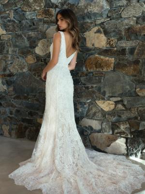 ML6818 RAYA V NECK LOW BACK ART DECO LACE WEDDING DRESS MADI LANE BRIDAL GOWN
