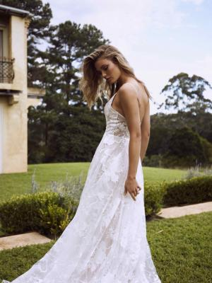EASTON ML2118 LOW BACK SHOE STRING STRAP V NECK PLUNGE WEDDING DRESS FLORAL LACE AND TULLE MADI LANE LUV BRIDAL GOWN