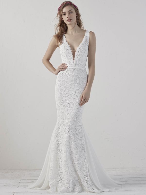 ELADIA PRONOVIAS 2019 OFF WHITE WEDDING DRESS LUV BRIDAL AUSTRALIA