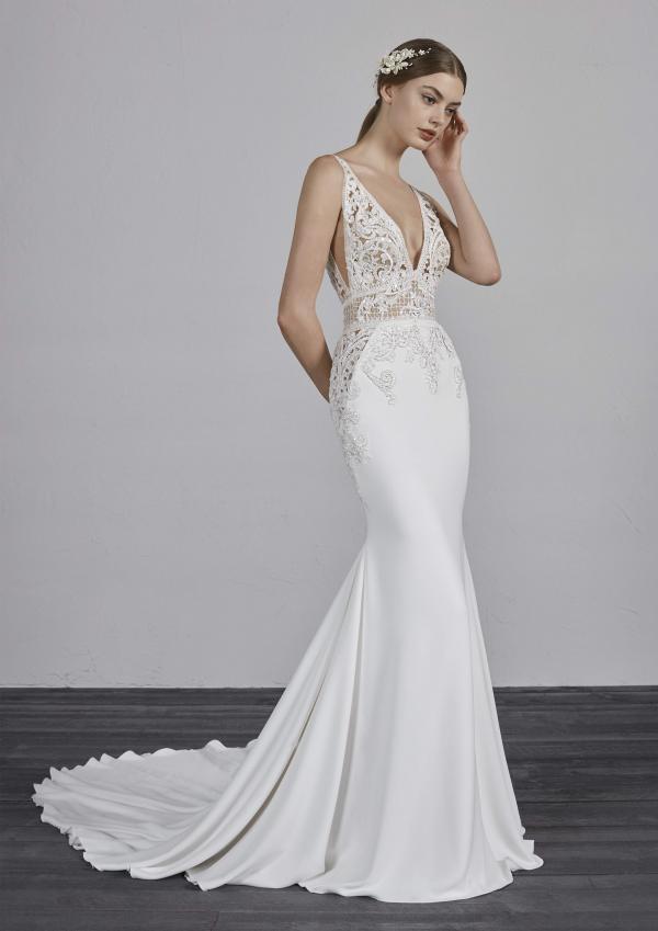 EMILY PRONOVIAS 2019 OFF WHITE WEDDING DRESS LUV BRIDAL AUSTRALIA