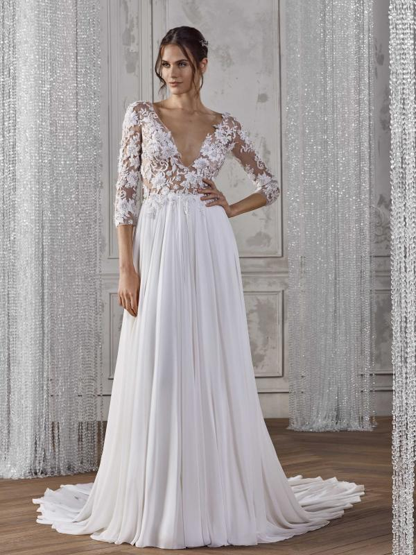 KAYLA ST PATRICK STUDIO 2019 OFF WHITE WEDDING DRESS LUV BRIDAL AUSTRALIA