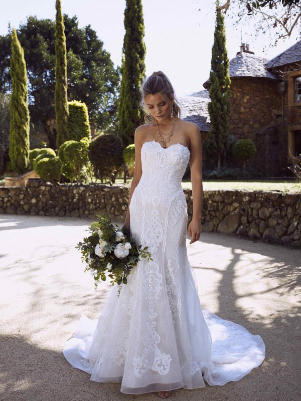 ROMANA L1039 MOCHA IVORY BOLD ANTIQUE LACE FITTED STRAPLESS SWEETHEART WEDDING DRESS BUTTON BACK WEDDING DRESS MADI LANE LUXE LUV BRIDAL