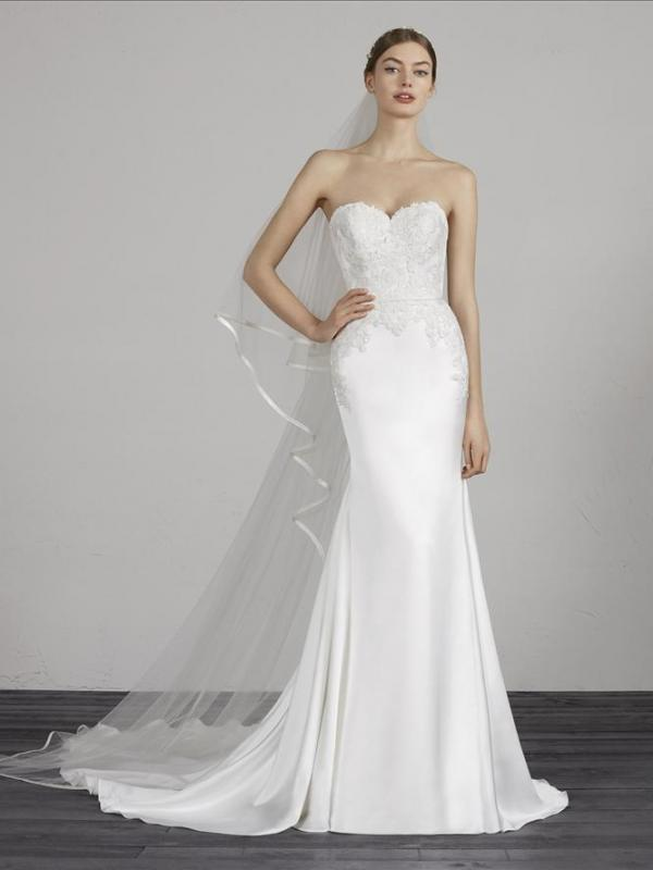 MAREY PRONOVIAS STRAPLESS SWEETHEART SILK SATIN LACE WEDDING DRESS LUV BRIDAL AUSTRALIA