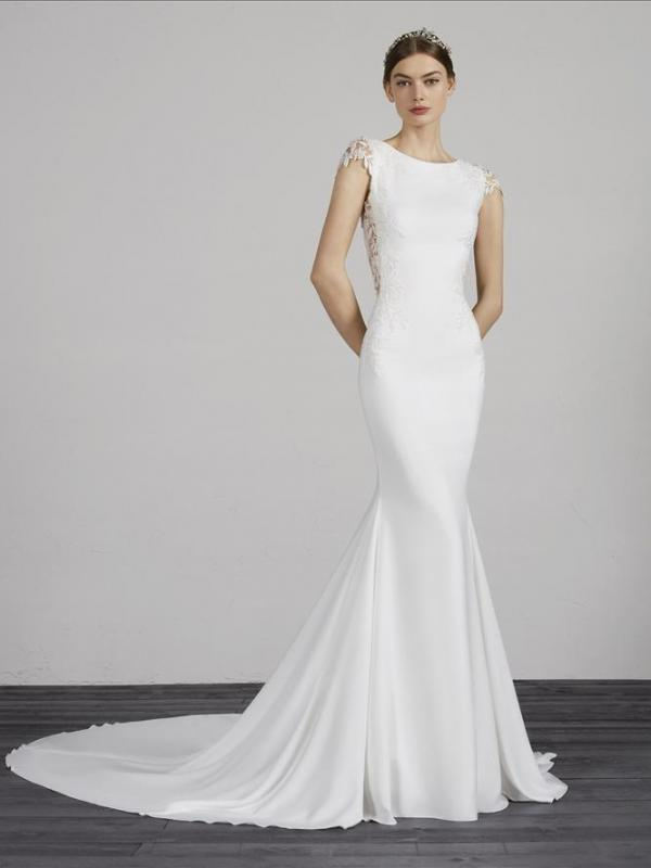 MELVA PRONOVIAS CAP SLEEVE KEYHOLE OPEN BACK LACE CREPE FITTED WEDDING DRESS LUV BRIDAL AUSTRALIA
