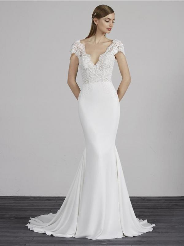 MILADY PRONOVIAS LOW BACK CREPE LACE WEDDING DRESS LUV BRIDAL AUSTRALIA