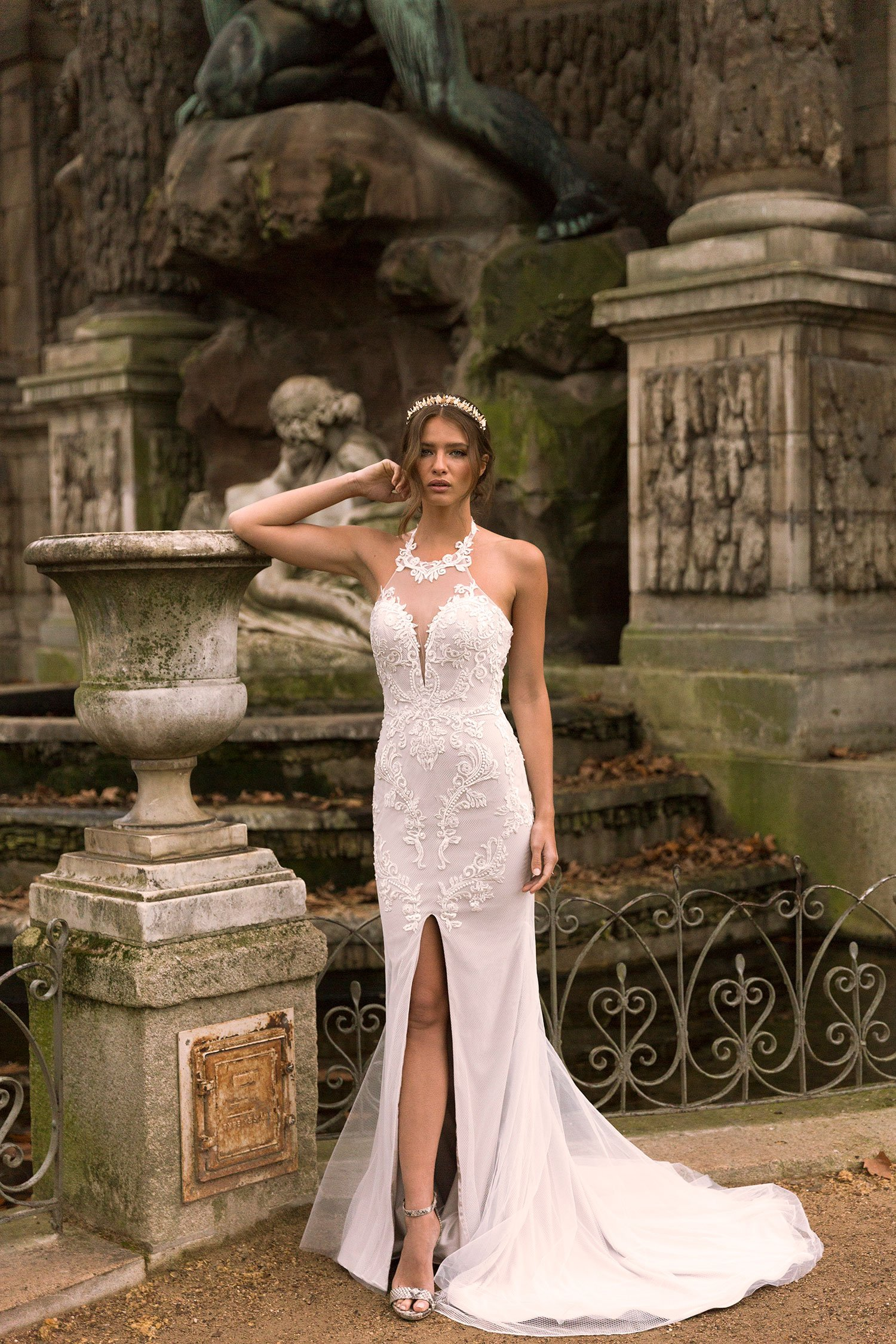 IVANA-ML7819 & ML7819NS (NO SPLIT)-LACE-AND-TULLE-FITTED-HALTER-NECK-GOWN-WITH-CENTER-FRONT-SPLIT-WITH-ZIP-AND-BUTTON-UP-BACK-WEDDING-DRESS-MADI-LANE-BRIDAL1-