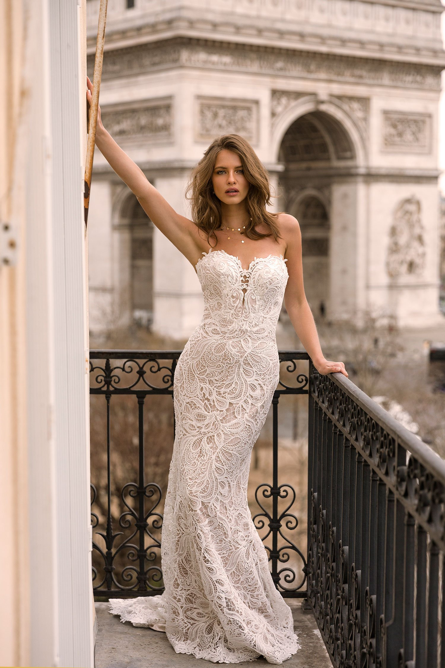 IVY-ML7419-FULL-HEAVY-LACE-GOWN-WITH-SWEETHEART-NECKLINE-ZIP-UP-BACK-AND-DETACHABLE-OFF-SHOULDER-LACE-STRAPS-WEDDING-DRESS-MADI-LANE-BRIDAL4