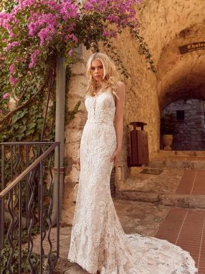 HENLEY ML4319 Full Lace Fitted Gown with Spaghetti Straps and Zip-up Low Back Wedding Dress