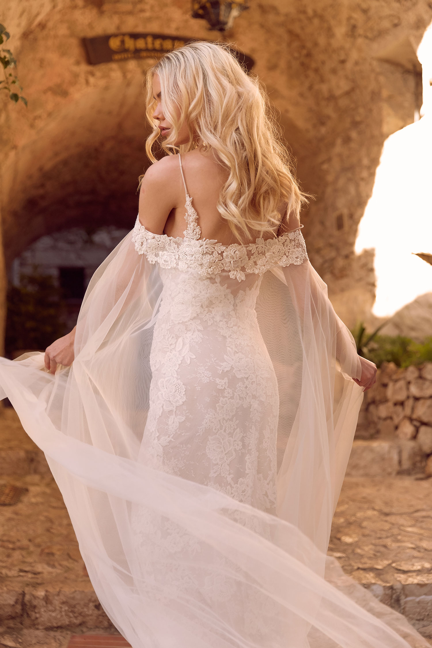 HENLEY-CAPE-ML4319C-TULLE-AND-LACE-CAPE-FOR-HENLEY-WEDDING-DRESS-MADI-LANE-BRIDAL3