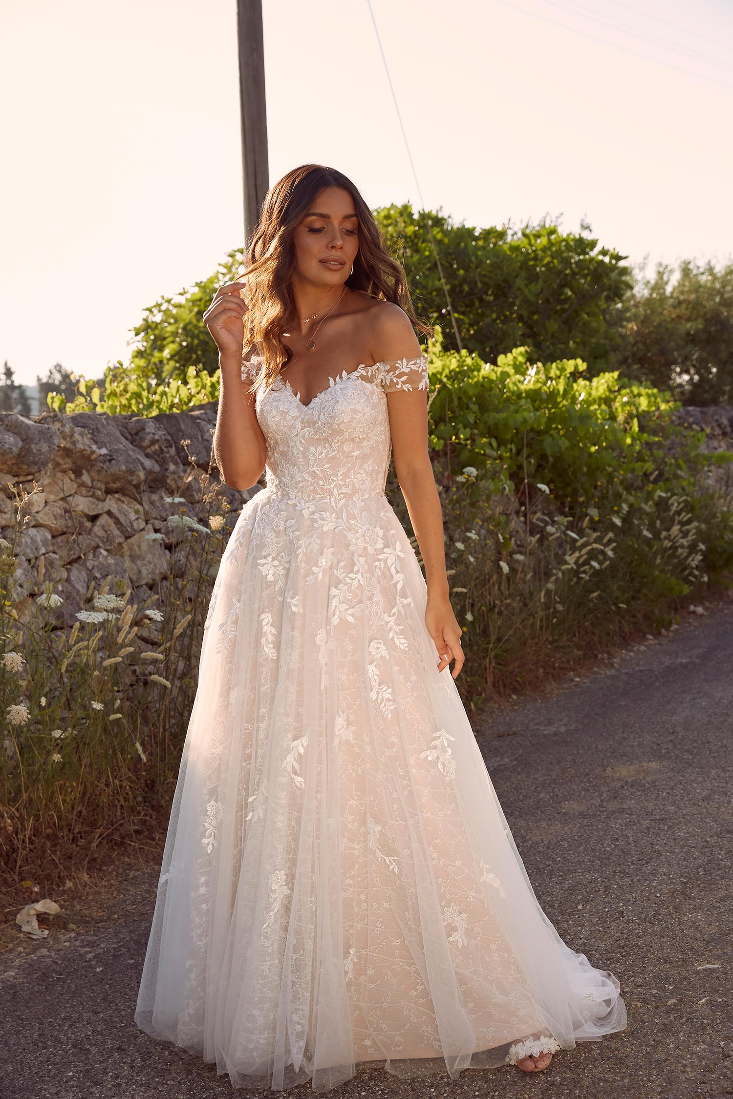 MARCHELLE-ML10609-SWEET-HEART-NECK-FULL-LENGTH-FLORAL-LACE-WITH-OFF-THE-SHOULDER-STRAPS-WEDDING-DRESS-MADI-LANE-BRIDAL1