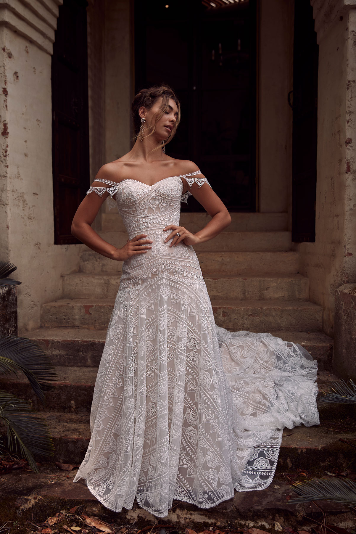 TOPAZ-EY036-EVIE-YOUNG-BRIDAL1