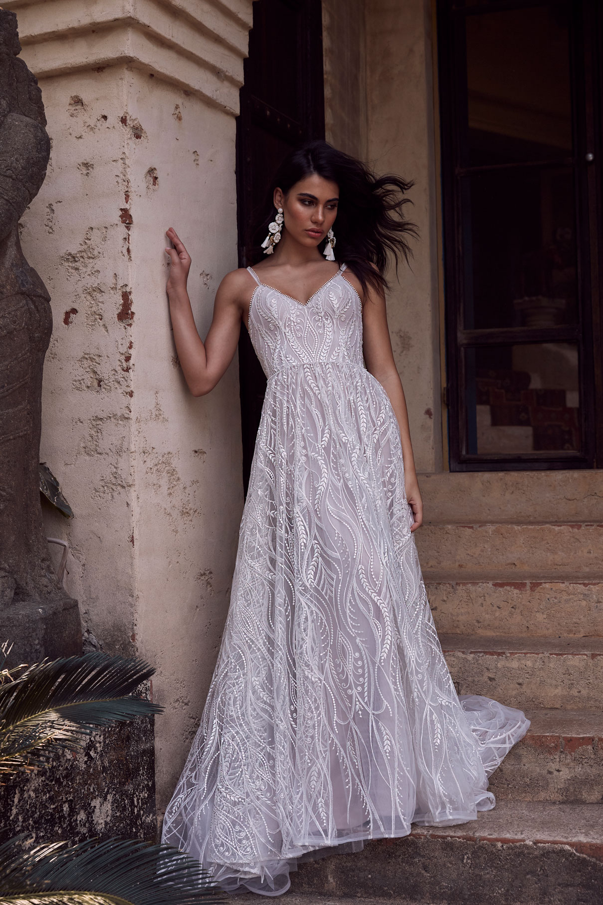 ZAINE-EY083-EVIE-YOUNG-BRIDAL1