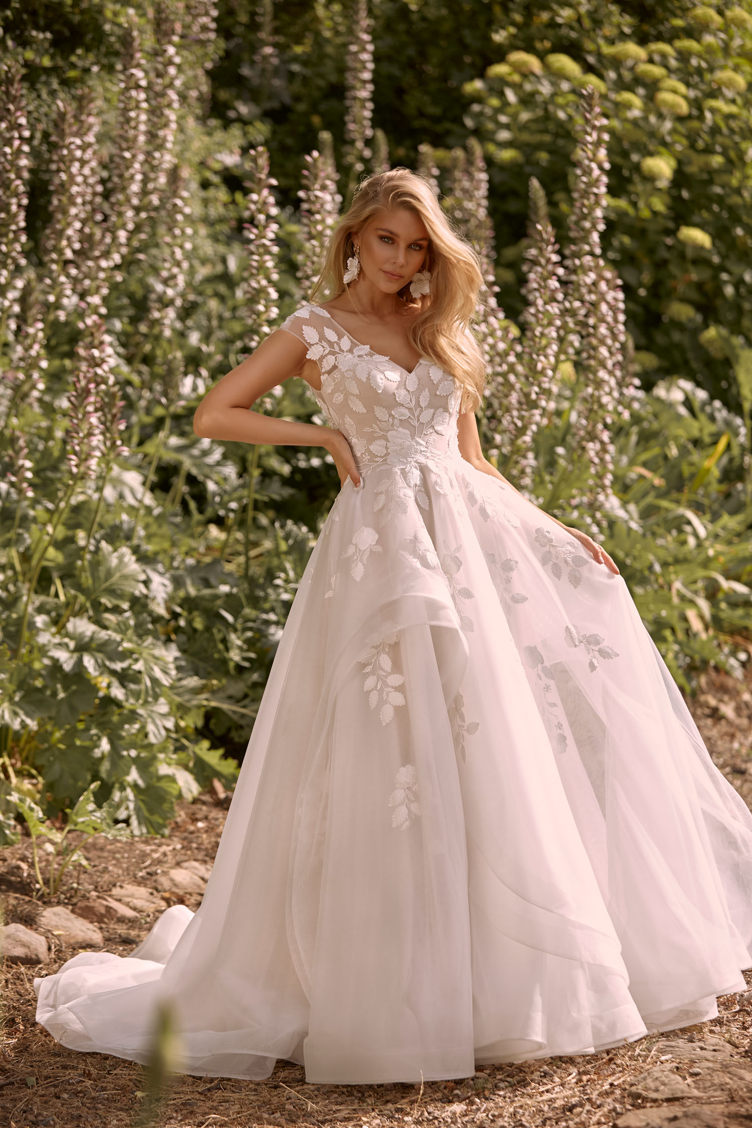 CASSIA-ML20010-FULL-LENGTH-TIERED-TULLE-A-LINE-SKIRT-WITH-FITTED-BODICE-EMBROIDERED-LACE-APPLIQUES-ILLUSIONS-STRAPS-AND-BACK-WITH-V-NECKLINE-ZIPPER-CLOSURE-WEDDING-DRESS-MADI-LANE-BRIDAL-1